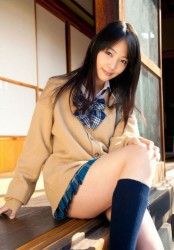 0023 d3787000 174x250 Cute Japanese Girls: The Ultimate Collection